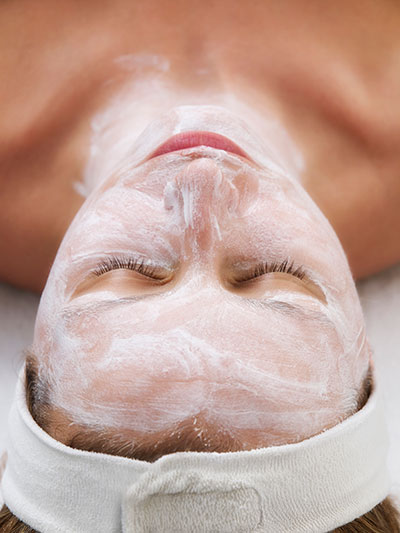 Gezichtsbehandeling   LIN huidverzorging Elst GLD   ANBOS